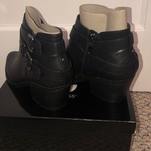 c0f7f185dcd G by GUESS delray booties NWT